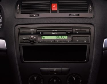 Melody CD-s rádió (source: Škoda Auto)